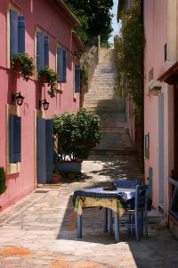Lefkada Town alleyway
